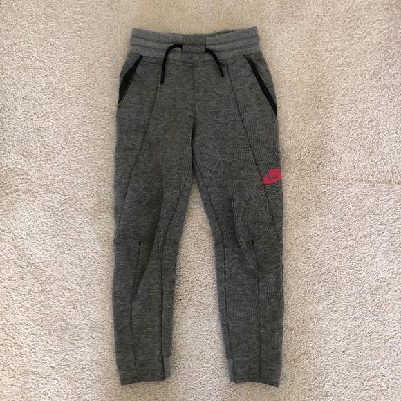 0cb104517 Nike Bottoms   Girls Tech Fleece Joggers Size 5   Poshmark